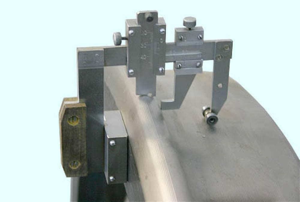 Шаблон универсальный УТ-1М для контроля параметров поверхности катания колесных пар подвижного состава с контрольным шаблоном КШ УТ